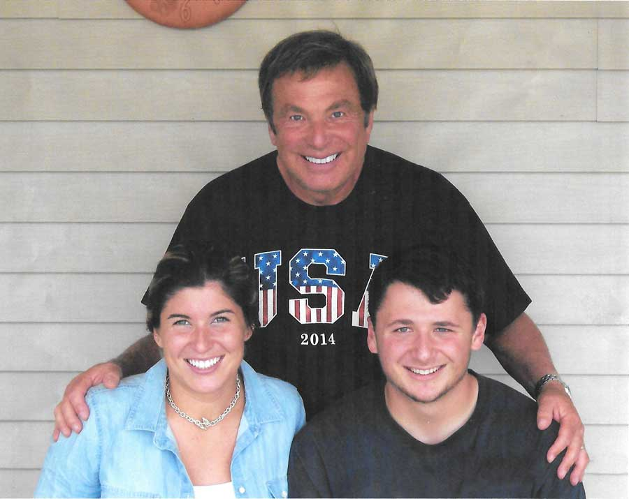 Jim Saunders, Founder of CEO America, with his children Jill and Jimmy